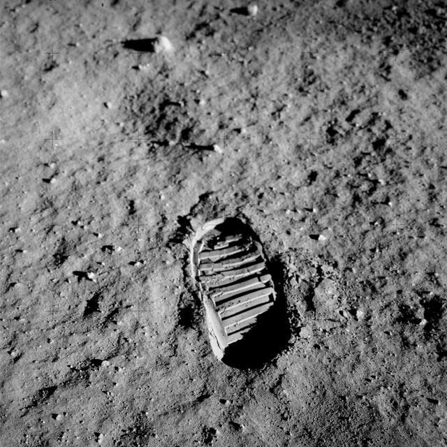 Jejak Sepatu Buzz Aldrin