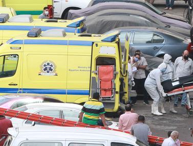 FOTO: 7 Pasien Meninggal dalam Kebakaran RS di Mesir