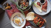 Berikut sensasi lezatnya menu Ramadan khas Timur Tengah dan Mediterania. (Foto: Dok. Novotel Jakarta Mangga Dua Square)