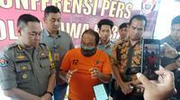 Polisi menggelar ekspose kasus dugaan ujaran kebencian di Mapolda Jawa Barat. (Huyogo Simbolon)