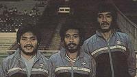 Trio Niac Mitra (dari kiri): Djoko Malis, Yudi Suryata, dan Ruddy W. Keltjes, yang empat musim beruntun sukses meraih gelar juara era Galatama. (Dok. Pribadi Yudi Suryata)