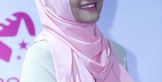 Sukses memenangkan ajang pencarian bakat salah satu televisi swasta, Membuat Fatin Shidqia Lubis kebanjiran job manggung. (Nurwahyunan/Bintang.com)