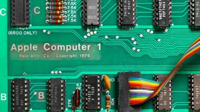 Apple-1, Komputer Apple pertama dilelang. Sumber: Geek