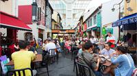 Cocok bagi pecinta wisata kuliner (sumber: chinatownfoodstreet.sg)