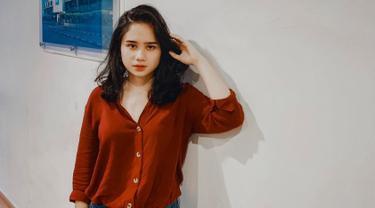 FOTO: Gaya Tissa Biani saat Pai Outfit Merah, Elegan dan Memesona