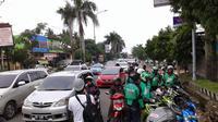 Gojek menjadi aplikasi berbasis teknologi online yang mampu meningkatkan perekonomian daerah Palembang (Liputan6.com / Nefri Inge)