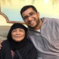 Video sebuah keluarga di Arab Saudi nangis gara-gara TKW Indonesia ini pun viral. Ceritanya bikin sedih... (Foto: Instagram @arfajam)