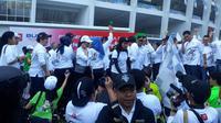 Menteri BUMN Rini Soemarno melepas 26.018 peserta mudik dalam program Mudik Bersama BUMN 2019 di Gelora Bung Karno (GBK), Jakarta, Minggu (30/5/2019).