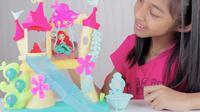 Yuk, Intip Keseruan Unboxing Mainan Princess Ariel Castel bersama Nayfa. (Sumber : Dok. Youtube/Unboxing Mainan Anak)