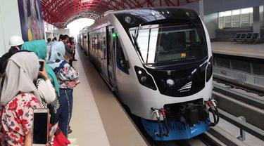 Mencoba LRT Palembang