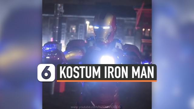 Paul MacDowell, seorang cosplayer dari Inggris, membuat kostum dari tokoh Marvel Iron Man. Kostum ini memiliki beberapa kelebihan sehingga menarik perhatian pecinta karakter Tony Shark atau Iron Man.