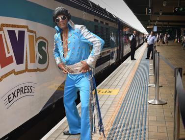 Bergaya Jadul, Penggemar Elvis Presley Siap Ramaikan The Parkes Elvis Festival