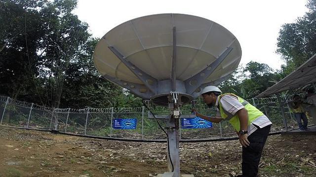 Salah satu site BTS untuk jaringan telekomunikasi USO di Desa Purui, Kecamatan Jaro, Kabupaten Tabalong, Kalimantan Selatan.