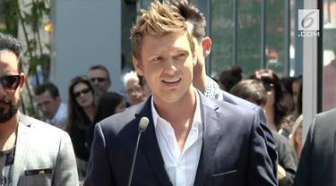 Personel Backstreet Boys, Nick Carter bebas dari tuduhan pelecehan seksual. Diketahui seorang wanita yang berusia 18 tahun menuduh Carter memperkosanya pada tahun 2003.