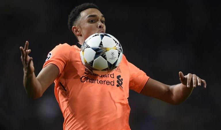 Bek Liverpool asal Inggris, Trent Alexander-Arnold. (AFP/Miguel Riopa)