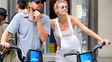 Leonardo DiCaprio sebentar lagi akan menjadi salah satu selebriti Hollywood yang melepas masa lajang.