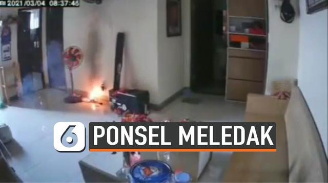 PONSEL MELEDAK