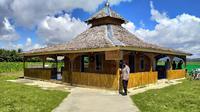 Masjid bambu An Nur yang dibangun Bripka Suparno Hamza dari hasil menyisihkan gajinya tiap bulan. (Liputan6.com/ Arfandi Ibrahim)