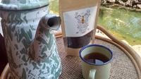 Seduhan teh kwer dari tanaman kewer atau Senna Septemtrionalis cukup efektif dalam melancarkan masalah pencernaan dan sembelit tubuh (Liputan6.com/Jayadi Supriadin)