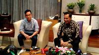 Gibran Rakabuming Raka bersama Agus Yudhoyono di Istana Kepresidenan Jakarta (Liputan6.com/Ahmad Romadoni)