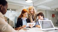 Bersikap terlalu baik di kantor dapat membuat Anda dimanfaatkan dan tidak dihormati oleh rekan kerja. (Foto: iStockphoto)
