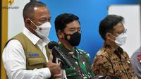 "Ketua Satgas COVID-19 Ganip Warsito memberi keterangan pers usai Rapat Terbatas ""Penanganan Pandemi COVID-19"" di Istana Kepresidenan Jakarta, Senin (7/6/2021). (Humas Sekretariat Kabinet)"