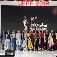 Koleksi dari para desainer Yayasan Batik Indonesia/dokumentasi JFFF 2019