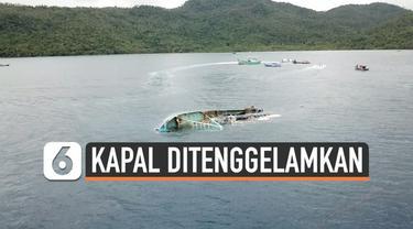 Sejumlah kapal ikan asing ilegal ditenggelamkan di perairan Natuna kepulauan Riau. Penenggelaman kapal ini dipimpin langsung Menteri Kelautan dan Perikanan, Susi Pudjiatuti.