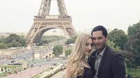 Panji Trihatmodjo dan sang kekasih, Varsha Strauss. (Instagram/varshastrauss)