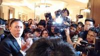 Mochamad Iriawan atau Iwan Bule menggelar jumpa pers pertamanya sebagai ketua umum PSSI. (Cakrayuri Nuralam)