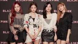 Dalam sebuah konferensi pers, keempat personel BLACKPINK membahas tentang banyak hal terkait comeback-nya. Seperti yang dilansir dari Kpop Herald, Jennie mengaku jika selama ini mereka menyelesaikan banyak lagu. (Foto: Soompi.com)