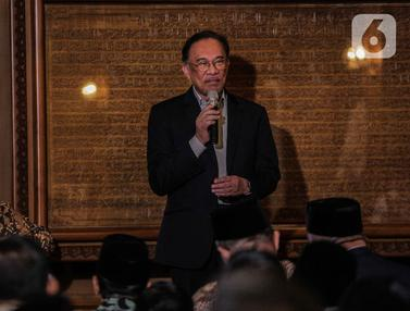 Anwar Ibrahim Takziah ke Kediaman BJ Habibie di Kuningan
