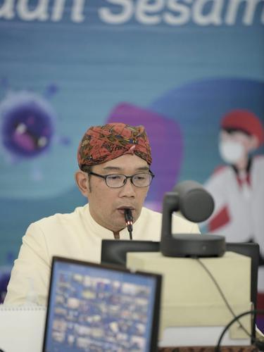 Gubernur Jawa Barat Ridwan Kamil mengatakan pemberlakuan PPKM Darurat sejak 3 Juli lalu, dinilai sukses menekan mobilitas masyarakat dalam upaya mencegah penularan Covid-19.