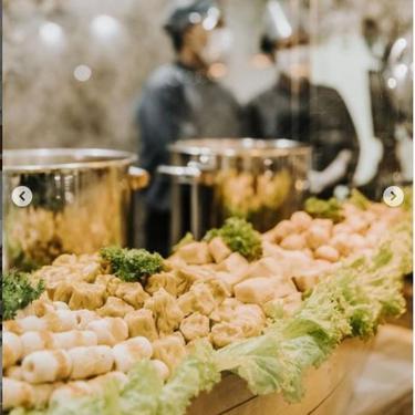 Ragam Hidangan Makanan di Acara Lamaran Lesti Kejora-Rizki Billar, dari Crepes sampai Wagyu