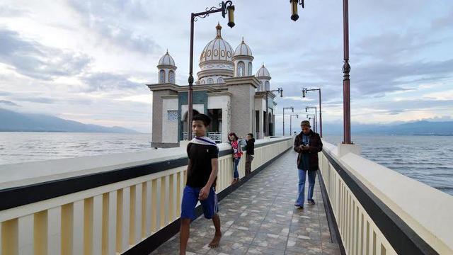 Cerita Pendirian Masjid Terapung Palu yang Ikut Tersapu