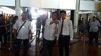 Dirut AP II Budi Karya saat meninjau persiapan mudik di Bandara Soekarno Hatta (Pramita Tristiawati/Liputan6.com)