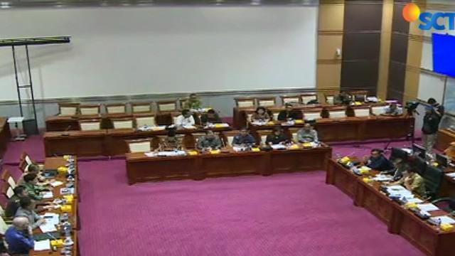 Komisi I DPR RI desak untuk segera menyelesaikan draft rancangan Undang-Undang Perlindungan Data Pribadi.