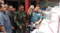 Miras ilegal dari luar negeri yang dikejar anggota Lantamal TNI AL itu diperkirakan berharga miliaran rupiah. (Liputan6.com/M Syukur)