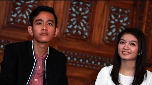 Putra sulung Presiden Joko Widodo, Gibran Rakabuming, baru saja membuka bisnis kafe. Namun, usaha barunya itu menghebohkan banyak pihak.