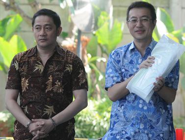 Hary Suwanda dan Raywond Rawung