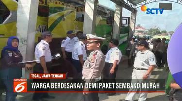 Selain mengecek kelengkapan administrasi SIM dan STNK, petugas gabungan juga memeriksa fisik sejumlah bus sedang jurusan Tasikmalaya menuju Bandung.