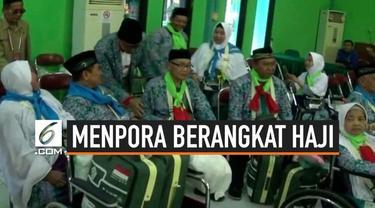Menpora Imam Nahrawi dan isteri berangkat haji, menpora berangkat haji secara reguler bersama para calon jemaah haji asal Sidoarjo. Menpora berjanji sesampainya di Tanah Suci akan berdoa untuk keselamatan Bangsa Indonesia.