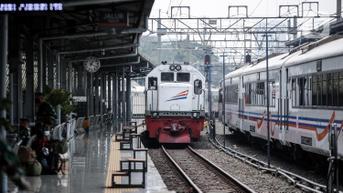 Pembelian Tiket Kereta Api Wajib Pakai NIK Mulai 26 Oktober 2021