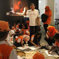 Banyak cara yang bisa dilakukan untuk memperkenalkan sejarah bangsa Indonesia, seperti cara sederhana yang dilakukan oleh komunitas Jaringan Masyarakat Negeri Rempah ini. (dok. Yayasan Negeri Rempah)