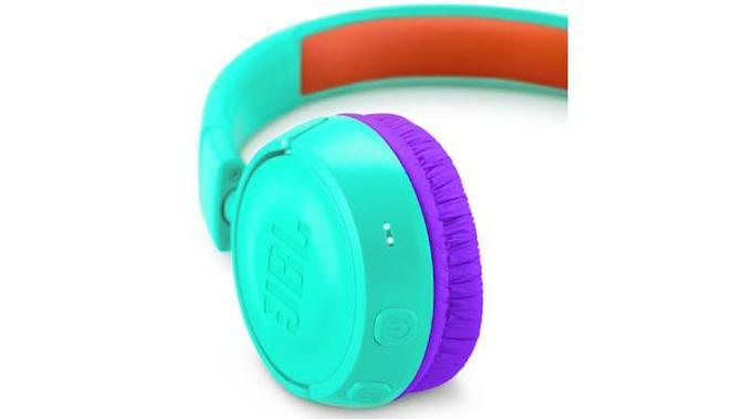 Headphone JBL JR300BT. Dok: jbl.com