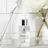 Clearly Corrective™ Dark Spot Solution mempunyai formula unggulan wujudkan kulit agar lebih cerah.