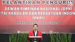Ketua Umum PKPI Diaz Hendropriyono memberi sambutan saat pelantikan pengurus DPN PKPI periode 2018-2024 di Jakarta, Rabu (30/5). Pelantikan juga dihadiri Ketua Dewan Pembina bersama anggota Komjen (Pur) Gories Merre. (Liputan6.com/Immanuel Antonius)