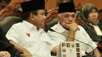 Prabowo-Hatta saat menghadiri sidang perdana gugatan Pilpres di Mahkamah Konstitusi, Jakarta, Rabu (6/8/14). (Liputan6.com/Johan Tallo)