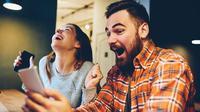 Ilustrasi bahagia menang kompetisi digital/Shutterstock.