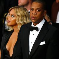 """Aku hanya berharap dia (Beyonce) dan Jay Z selalu dalam keadaan yang terbaik,"" ucap Mariah Carey saat diwawancara Entertainment Tonight's Carly Steel beberapa waktu lalu.  (AFP/Bintang.com)"